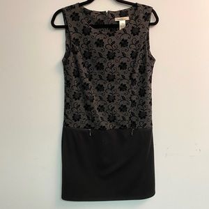 Laundry Black and Gray floral print shift dress